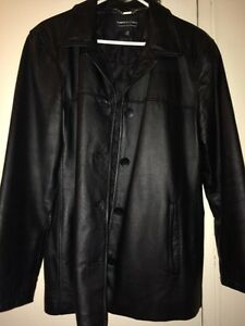 Woman's large 100% genuine leather