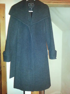 Beautiful Spain's cashemire coat size small