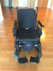 Invacare Electric/Power wheelchair