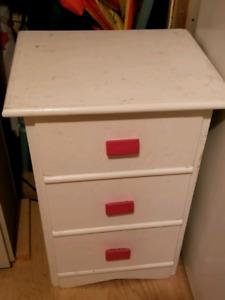 Dresser small
