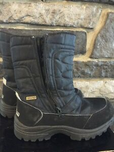Blizzard woman's winter boot size 40