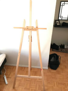 Light weight wooden easel