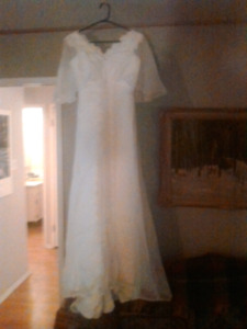 1977 vintage a line with lace wedding dress