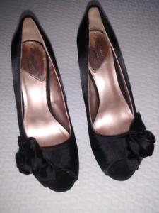Ladies' Black Pumps