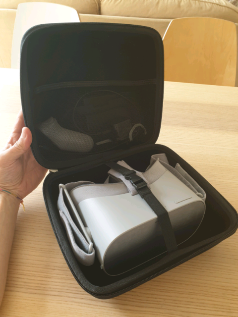 Oculus GO 32Gb + Carry Case   in West End, London   Gumtree