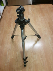 Manfrotto 074 Professioal Tripod with Ball Head