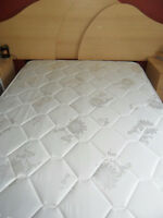 Double mattress bought in May of 2015 used only 3 months