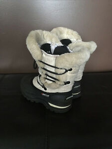 Toddler Size 11 Baffin winter boots