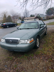 2005 grand marquis LS mint condition