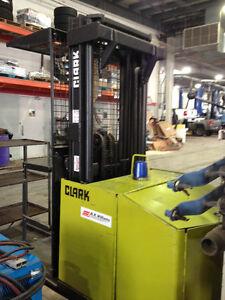 Clark Forklift Equipment Dispersal Edmonton Edmonton Area image 2