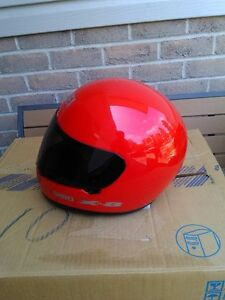 USED SHOIE HELMET SIZE S WITH TINTED SHIELD Windsor Region Ontario image 3