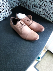 New (like) mens leather tan brown shoes size 9