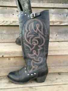 Ariat woman's size 6.5 black boots