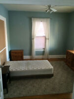 Female Room for Rent, Student