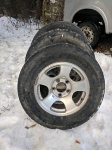 Ford F-150 16 inch aluminum rims with tires