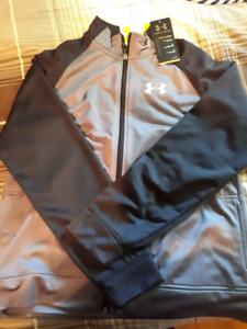 Youth XL Under Armour 2pcs