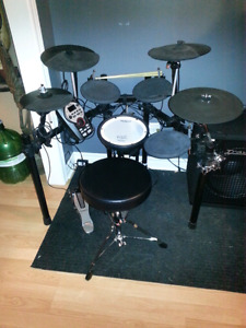 Roland vdrum td11 electric drums