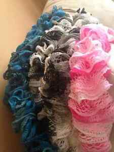 HAND KNITTED SCARVES ASKING 10.00 EACH Kitchener / Waterloo Kitchener Area image 2