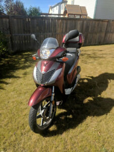 2010 Honda SH150i ~ Cash Only