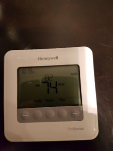 Honewell 7 day Programmable Thermostat