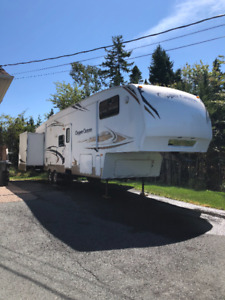2009 35' Keystone Copper Canyon fifth wheel trailer
