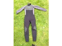Children's Gul wetsuit size JXL chest 78cm and boots size 4 xs