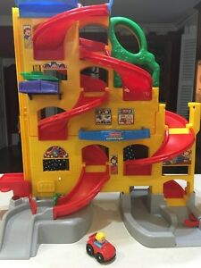 Fisher Price - Little People Car Ramp