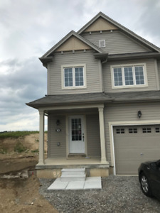 Beautiful Townhouse for Rent $1700 + Utilities