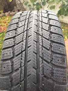 Winter Tires and rims 205/60r15 Arctic Weathermate for kia