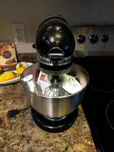 Kitchen Aid Mixer - Never Used !