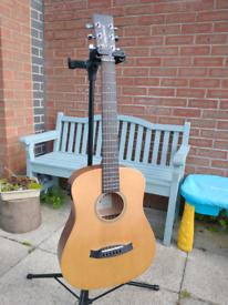 Tanglewood TW2 TSE electro-acoustic travel size guitar