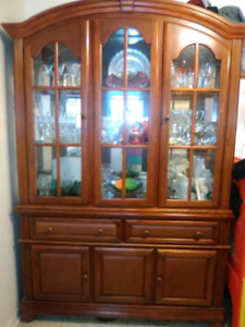 "Solid Mahogany China Cabinet(HEAVY). *MINT*. Two pieces.  82""×55"
