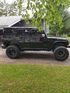 2015 Wrangler Jeep - For Sale