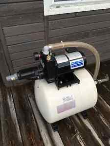 1/2 HP WATER PUMP with PRESSURE TANK - LIKE NEW!!