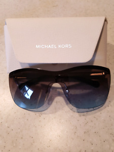 Mk michael kors paphos blue gradient lense shield sunglasses