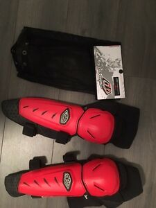 Brand new downhill mountain bike knee/shin pads and elbow pads