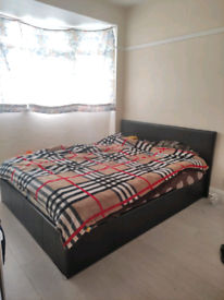 Big double room to let