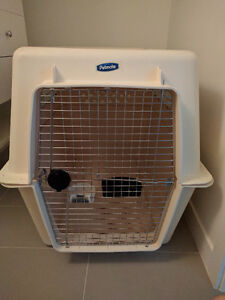 Selling GIANT dog airline-approved Petmate travel kennel