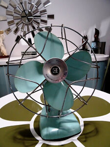 1960s retro ELECTROHOME DESK FAN aqua metal INDUSTRIAL Kitchener Kitchener / Waterloo Kitchener Area image 1