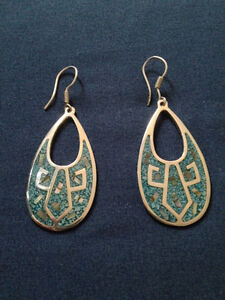 Sterling silver earrings with gen.turquoise inlay(w/ abalone)