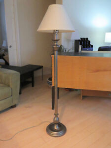 Floor Lamp traditional design