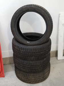Michelin X-Ice 3....215/45/17.At Least 8/32 Tread Remaining ++