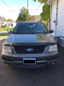 LOW KM 2005 Ford Freestyle For Sale or Trade