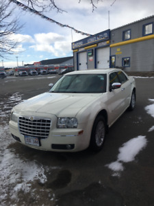 Extra Clean Car New Mvi Clean Carproof Chrysler 300 Touring