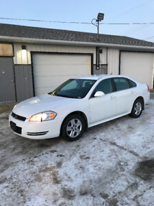 2010 Chevrolet Impala LS Sedan -LOW KM'S