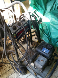 Pressure washer 6.5 HP (2900 PSI) (gas)