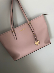 MICHAEL KORS saffiano leather JET SET tote in soft pink LARGE