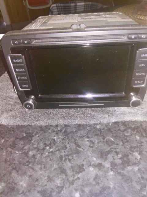 VW genuine DVD navigation RNS-510 headunit with code, 1T0 035 680