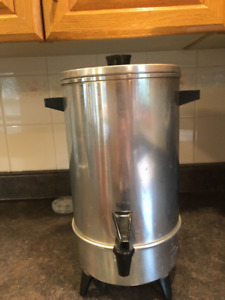 30 cup capacity stainless steel coffee urn.