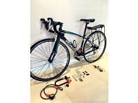Specialized womens road bike - small frame + free lock and accessories